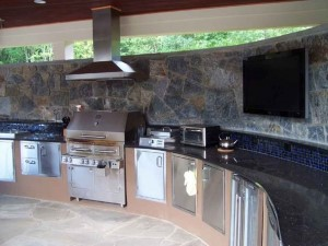 Creating-the-Perfect-Outdoor-Kitchen